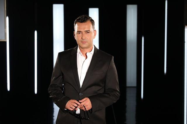 O υπέροχος Άγγελος Μπράτης: «Δεν κάνει να πω αν παρακολουθώ τον ανταγωνισμό»