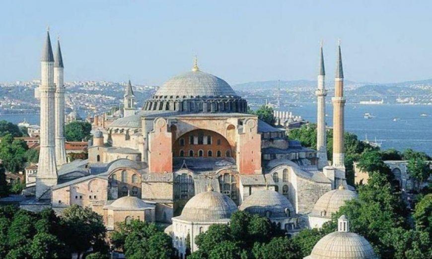 Αγιά Σοφιά: Το μπαλάκι στον Ερντογάν αν θα γίνει τζαμί - Σε 15 ημέρες η επίσημη απόφαση του τουρκικού ΣτΕ
