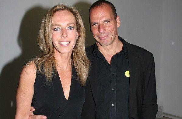 Δανάη Στράτου: Που εντόπισε ο φωτογραφικός φακός του Enter TV τη σύζυγο του Γιάνη Βαρουφάκη;