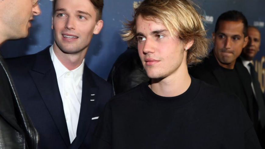 Justin Bieber και Drew Barrymore συνεργάζονται για μια εντυπωσιακή collection!