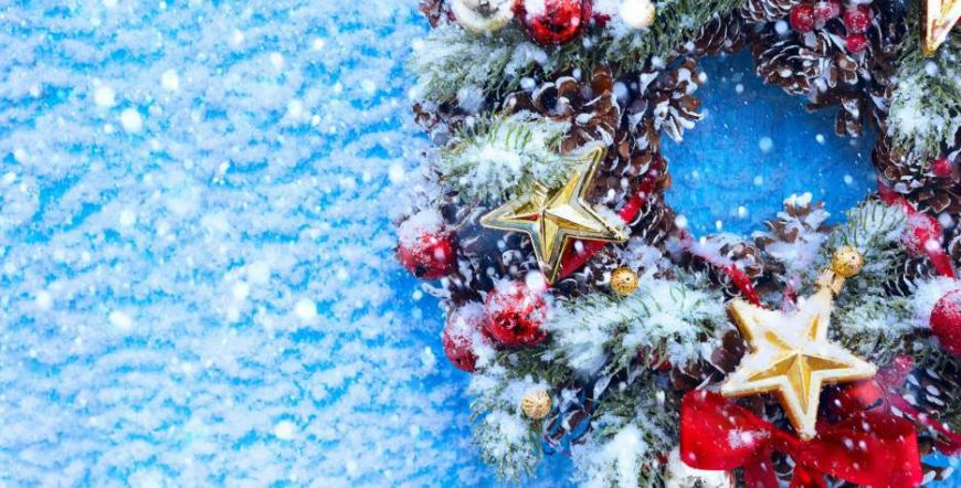«Υιοθέτησε» τα Χριστούγεννα της Αθήνας