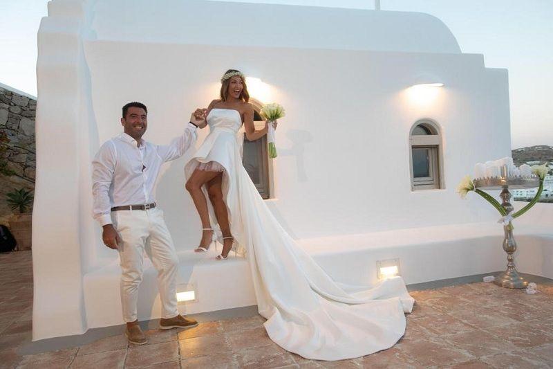 Ο μυθικός γάμος του Αλέξανδρου Αγγλούπα στη Μύκονο (Photos)