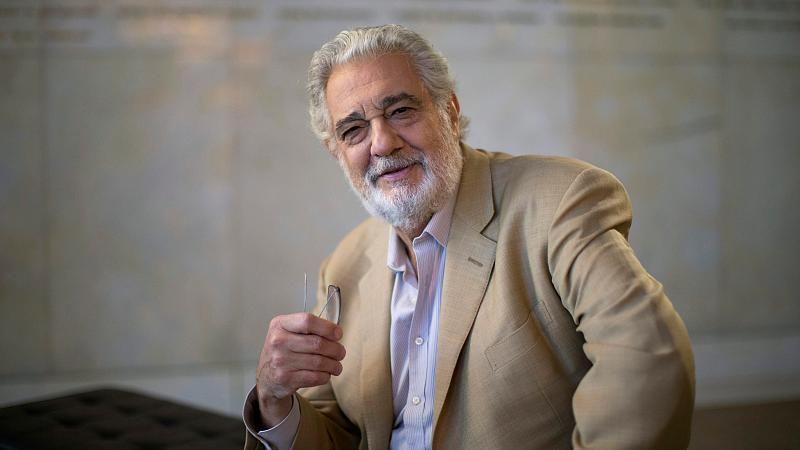 Πλάθιντο Ντομίνγκο: Παραιτήθηκε από διευθυντής της Όπερας του Λος Άντζελες