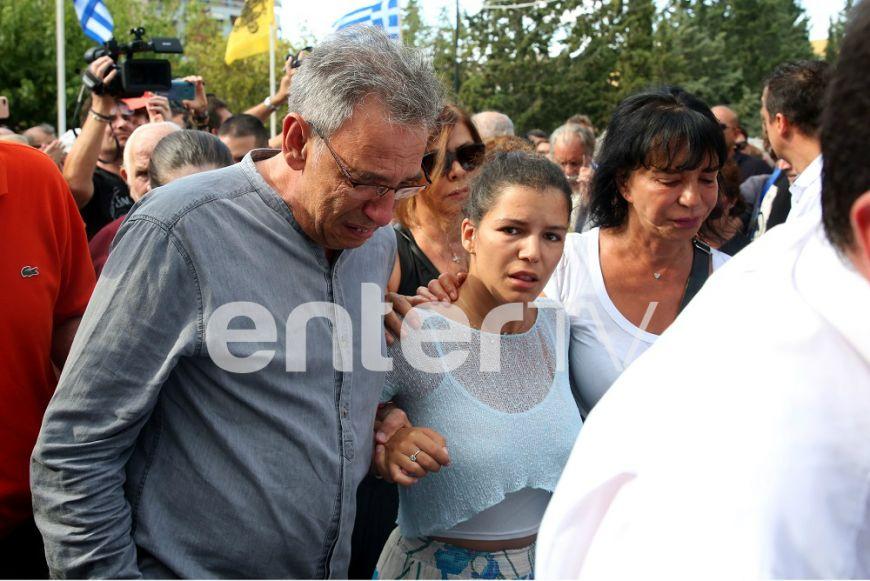 Συγκινεί το μήνυμα της κόρης του Λαυρέντη Μαχαιρίτσα: Ένα μεγάλο ευχαριστώ σε όλους...