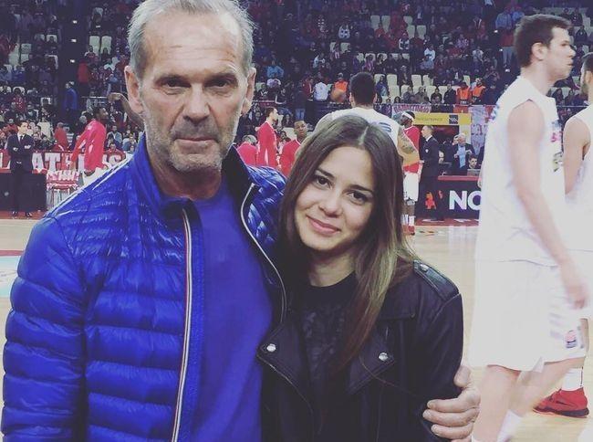 Oι γλυκές ευχές του Πέτρου Κωστόπουλου στην κόρη του Αλεξάνδρα για τα γενέθλια της