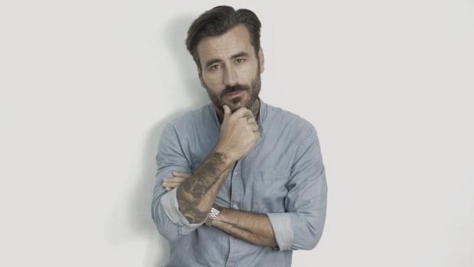 Παντρεύεται την κούκλα σύντροφο του ο Γιώργος Μαυρίδης