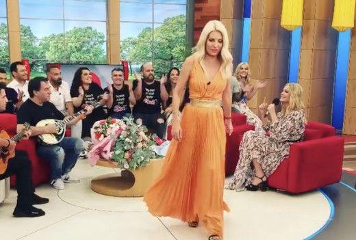 H ελληνική showbiz και οι συνάδελφοι της αποχαιρετούν την Ελένη Μενεγάκη