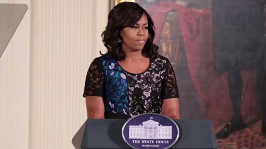 Βρείτε χρόνο για τον εαυτό σας, προτρέπει τις γυναίκες η Μισέλ Ομπάμα