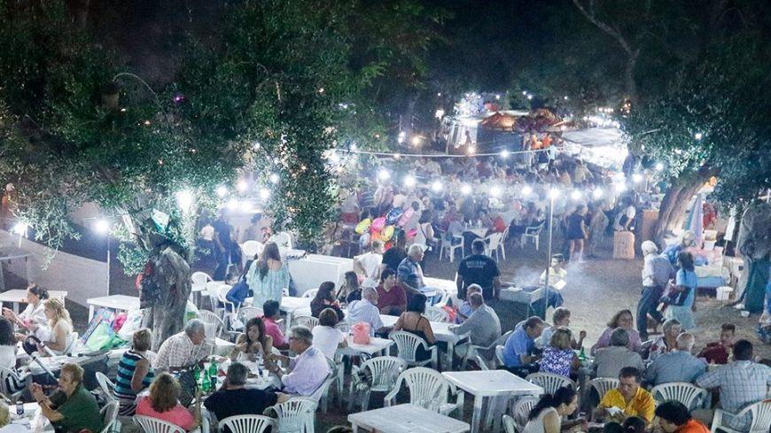 Κορονοϊός: Απαγορεύονται τα πανηγύρια έως το τέλος Ιουλίου