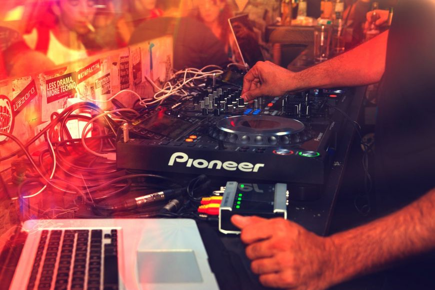 Koρονοϊός: Η αλήθεια για το πάρτι στο Πανόραμα με την κόρη της διάσημης τραγουδίστριας