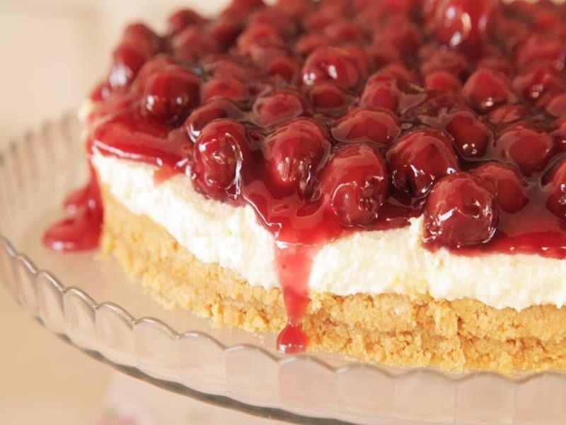 Cheesecake με πασχαλινά κουλουράκια που περίσσεψαν από την Εύα Παρακεντάκη