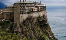 Τί συνέβη όταν ο Άγγελος Σικελιανός ασπάστηκε το άφθαρτο χέρι της Αγίας Μαγδαληνής στο Άγιο Όρος