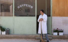 """Γιώργος Ηλιόπουλος: O κουρέας από τις """"Άγριες Μέλισσες""""...κούρεψε τον Γρηγόρη Αρναούτογλου!"""