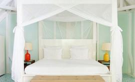 Ονειρεμένες και πρακτικές κουνουπιέρες για την κρεβατοκάμαρά σας