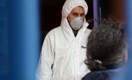 Καλπάζει ο κορονοϊός: Ενα βήμα πριν τα τοπικά lockdown η «μισή» χώρα, αυστηρά μέτρα