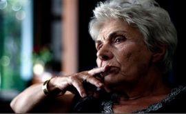 Κική Δημουλά: Αγωνία για την σπουδαία ποιήτρια- Νοσηλεύεται στην Εντατική