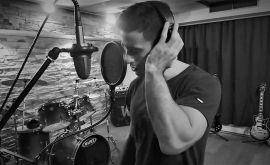 Mάριος Δαρβίρας: Έχω μεγάλη καψούρα μια μέρα να τραγουδήσω με τον Σταμάτη Γονίδη