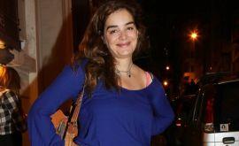 Η Γωγώ Μπρέμπου γράφει για την αγαπημένη της Σέριφο