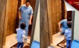 Κορονοϊός: Συγκλονιστικό βίντεο με πατέρα γιατρό να κλαίει γιατί δεν άφησε το παιδί του να τον αγκαλιάσει