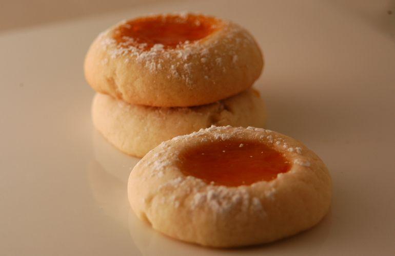 Μπισκότα σπιτικά με μαρμελάδα… ιδανικά για παιδιά!