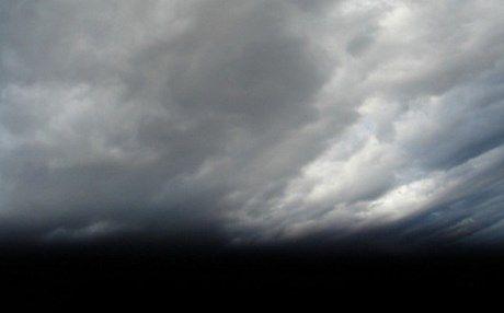 Καιρός: Ισχυρές βροχές, καταιγίδες και χαλάζι – Οδηγίες από την Πολιτική Προστασία
