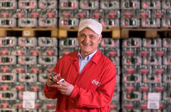 Το ταξίδι της νέας Coca-Cola ξεκινάει από την Ελλάδα!