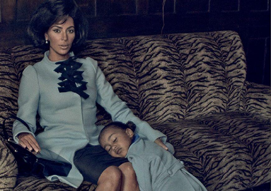 Η Kim Kardashian ποζάρει ως Jackie Kennedy μαζί με την κόρη της!