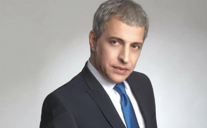 Θέμης Αδαμαντίδης:Μιλά πρώτη φορά για την απόφασή του να αποχωρήσει από το σχήμα με τον Πάνο Καλίδη και την Ελένη Χατζίδου.