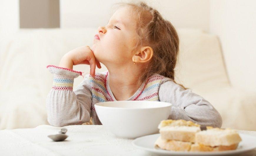 Πως κάνουμε τα παιδιά να φάνε φαγητά που δεν τους αρέσουν;