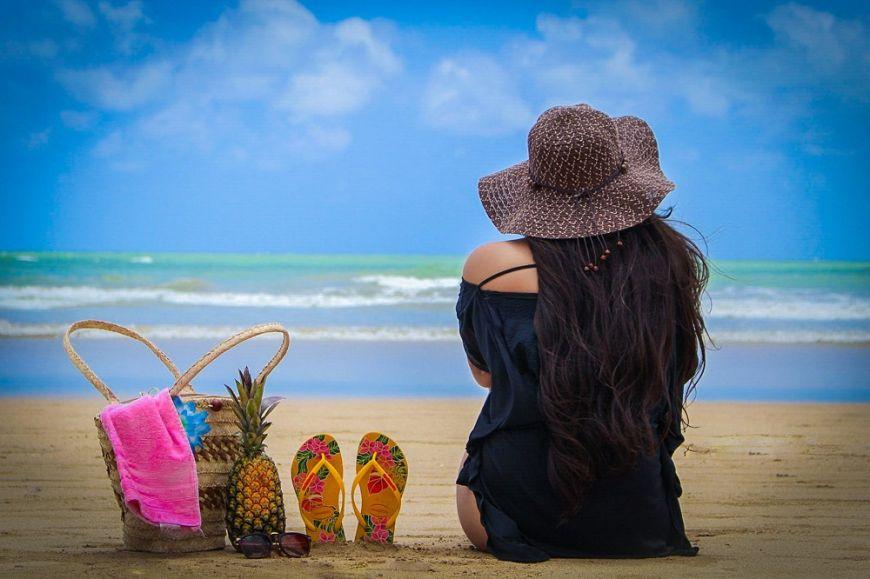 Summer and the beauty–  Αυτά είναι τα προϊόντα που πρέπει να έχει το νεσεσέρ σου στην παραλία!