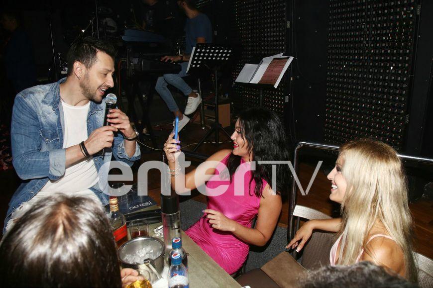 """Power of Love 2"": Κατερίνα Σαββοπούλου και Ζένια Σολδάτου σε μεγάλα κέφια στη Ρόδο! (Photos)"
