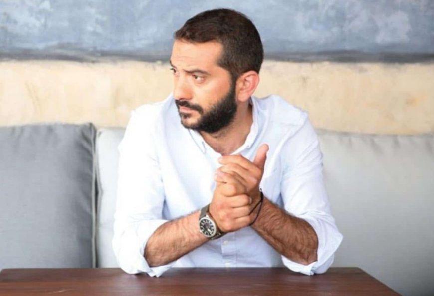 Λεωνίδας Κουτσόπουλος: Είναι ελεύθερος! Διαψεύδει τα δημοσιεύματα που τον θέλουν σε σχέση με γιατρό
