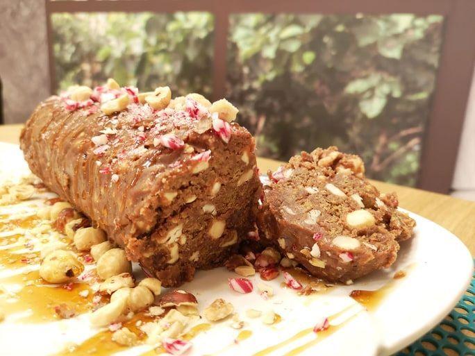 Κορμός με πασχαλινά κουλουράκια και γκανάζ σοκολάτας από την Εύα Παρακεντάκη