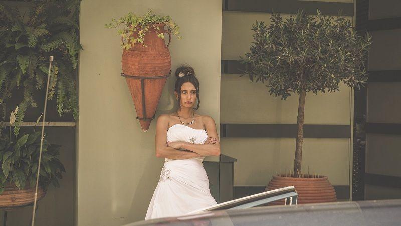 Η Σήλια Κατραλή κάνει δισκογραφικό ντεμπούτο με «Κρίνα Λευκά»