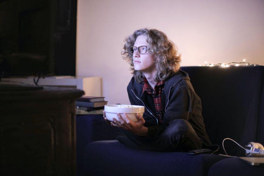 Η τηλεθέαση της βραδινής ζώνης την Πέμπτη