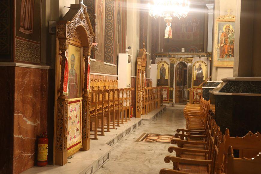 """Εορδαία: Σταμάτησε τη θεία λειτουργία επειδή η πιστή φορούσε μάσκα – """"Δεν θέλω καρναβάλια…"""""""