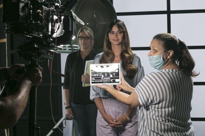 Δείτε αποκλειστικές photo από τα  backstage του τρέιλερ της εκπομπής της Ηλιάνας Παπαγεωργίου-Ποιος ήταν μαζί της;