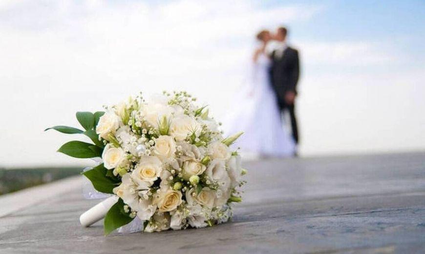 Χαμός σε γάμο: «Εμείς πληρώσαμε το νυφικό σου» – Η πεθερά τα… διέλυσε όλα!
