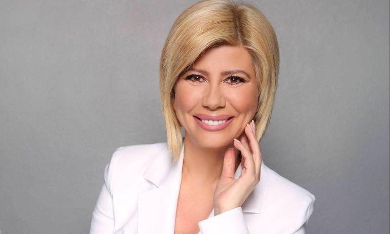 """Zήνα Κουτσελίνη: Πως σχολιάζει την απόφαση της Ελένης να απέχει από την τηλεόραση; Σε ποια παρουσιάστρια δίνει τα εύσημα και ποια εκπομπή θεωρεί """"χαμένη"""";"""