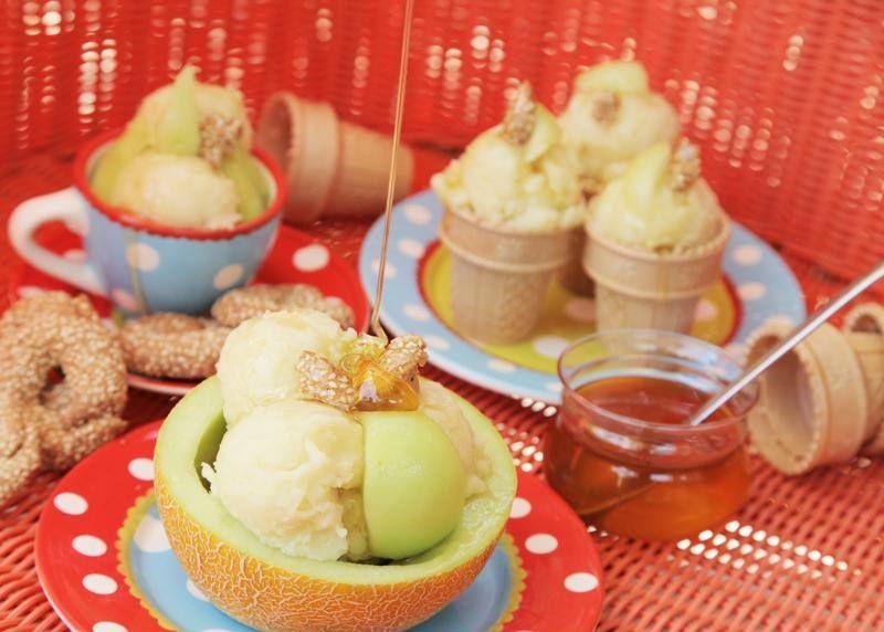 Παγωτό-πεπόνι με 3 υλικά από την Εύα Παρακεντάκη