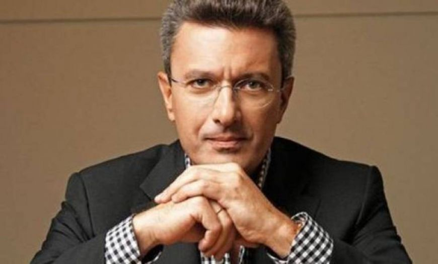 "Nίκος Χατζηνικολάου: Το φιλί της κορούλας του ""έλιωσε"" τον δημοσιογράφο!"