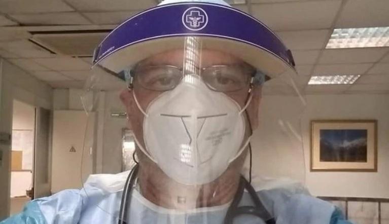 Κορονοϊός – Πρόσκληση γιατρού στους αρνητές μάσκας: Ελάτε μαζί μου στην εφημερία χωρίς μάσκα για 9 ώρες