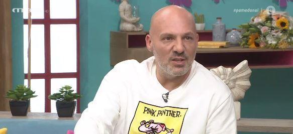 Ο Νίκος Μουτσινάς για την υιοθεσία: Δεν προχωράει πολύ λόγω της συνθήκης