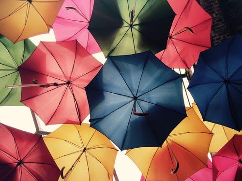 Καιρός σήμερα: Με βροχές και καταιγίδες η Τρίτη – Που θα σημειωθούν τα φαινόμενα
