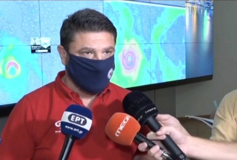 """Καιρός – Ιανός: Σε κατάσταση έκτακτης ανάγκης 8 περιοχές της χώρας – """"Μην μείνετε στα σπίτια σας"""" (video)"""