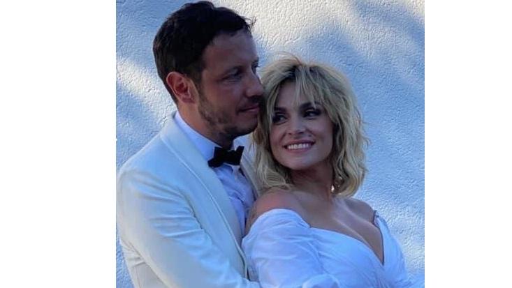Παντρεύτηκαν η Ελεονώρα Ζουγανέλη και ο Σπύρος Δημητρίου (Photos)