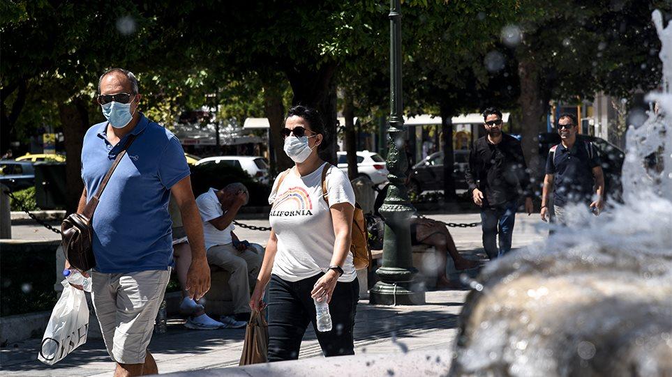 Κορωνοϊός: «Η ζωή θα επιστρέψει εκεί που ήταν το 2024» λέει Έλληνας καθηγητής του Yale
