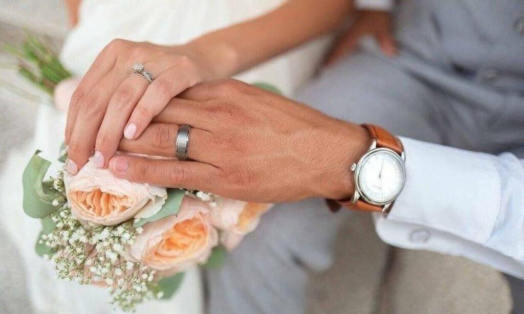 Χαμός σε γάμο: Παράτησε τον γαμπρό στην εκκλησία επειδή την είχε απατήσει με την παράνυφο