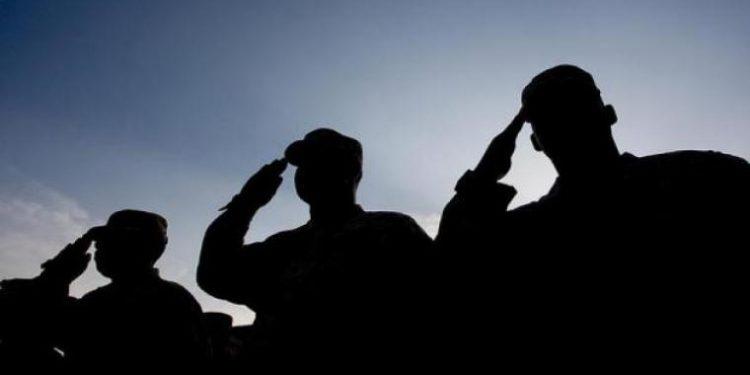 Θρήνος στις Ένοπλες Δυνάμεις: Αξιωματικός του Στρατού Ξηράς έχασε τη μάχη με τον κορονοϊό