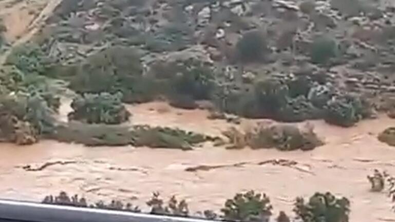 Xάος από την κακοκαιρία στην Κρήτη: Μια απέραντη λίμνη δημιούργησε η σφοδρή βροχόπτωση